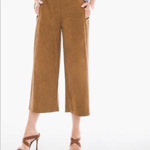 Chico's Tan Gaucho Wide Leg Pants Size 3  A226